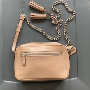 Coach cross body in smooth leather and chain strap